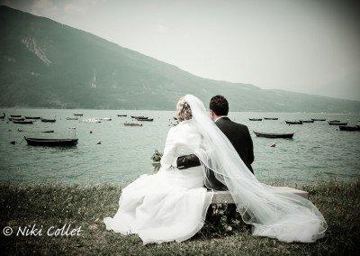 Momenti romantici in riva al lago