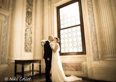 Bacio sposi fotografia di matrimonio di Niki Collet Fotografo professionista