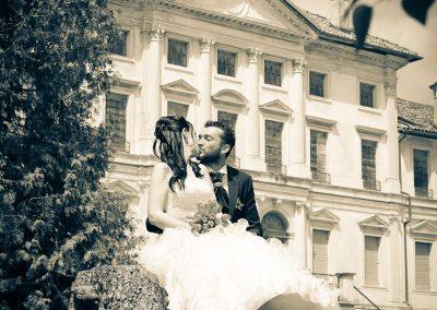 Servizio fotografico coppia giovani sposi