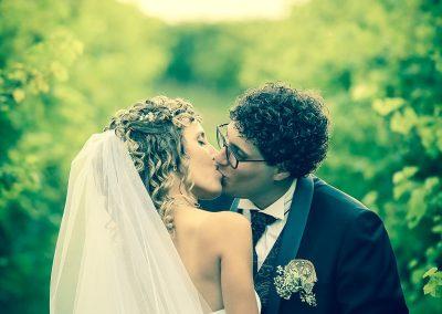 Bacio sposi servizi fotografici matrimonio