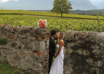 Bacio fra sposi servizio fotografico professionale matrimonio