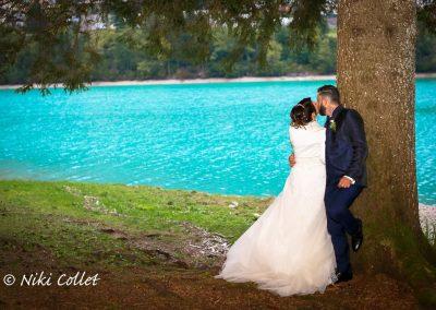 colori intesi in riva al lago servizi fotografici di matrimonio