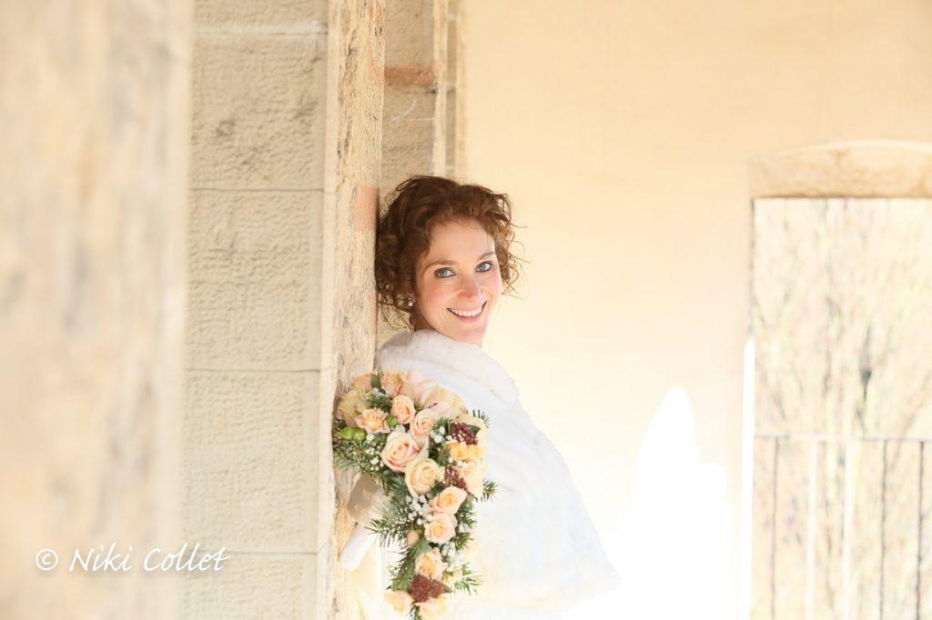 bouquet e sposa ritratto servizi fotografici matrimonio di Niki Collet