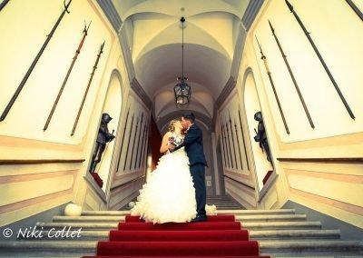 Bacio su tappeto rosso matrimoni servizi fotografici Belluno