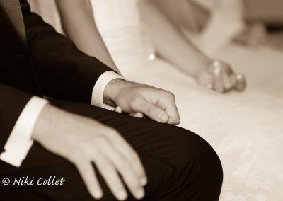Mano nella mano attimi durante il matrimonio servizi fotografici