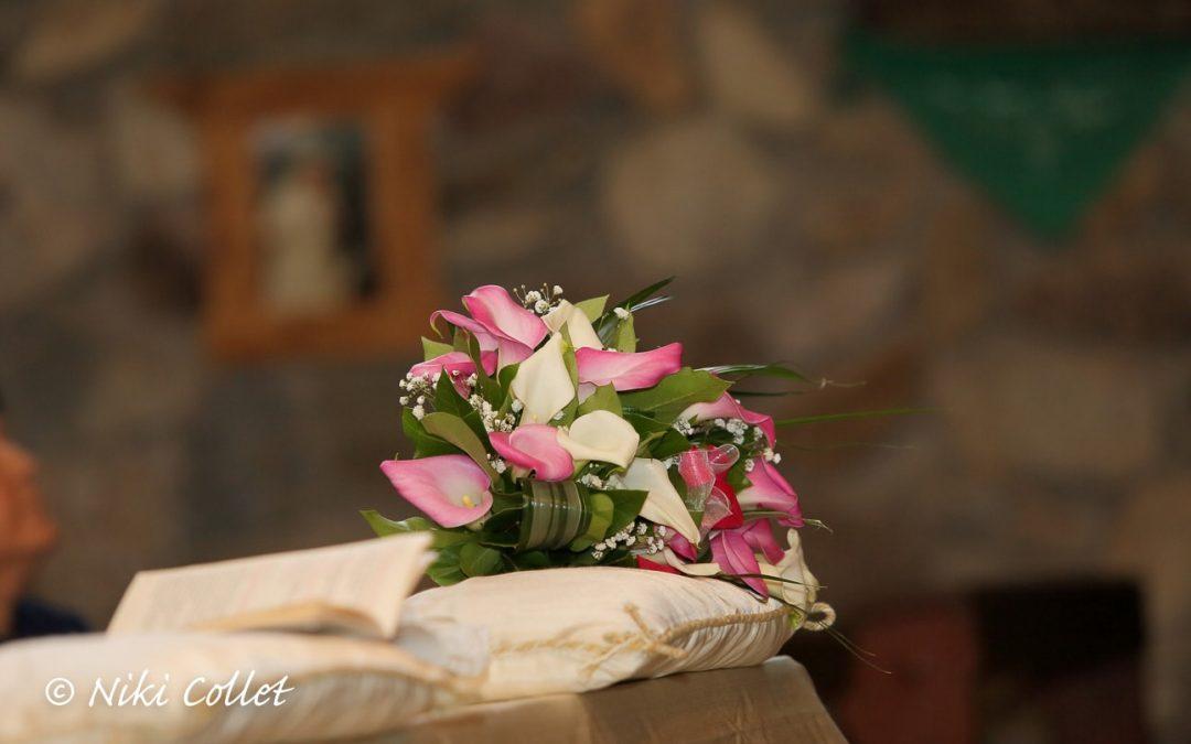 Bouquet di nozze rosa e bianco
